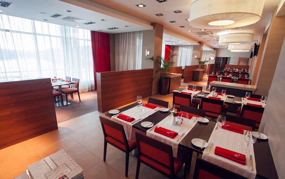 Фотография: Ресторан при отеле (гостинице) Le Vicomte