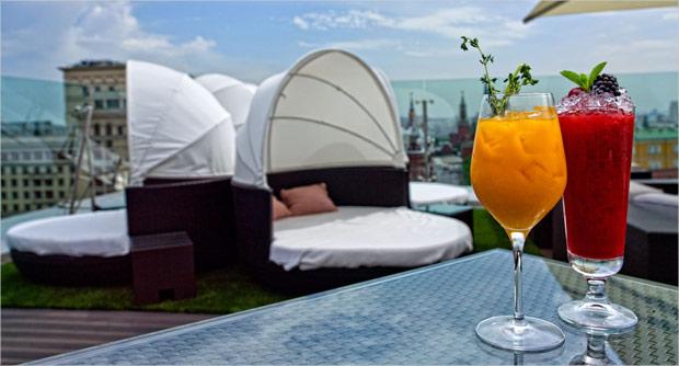 Летнее настроение: гости открытия террасы o2 lounge