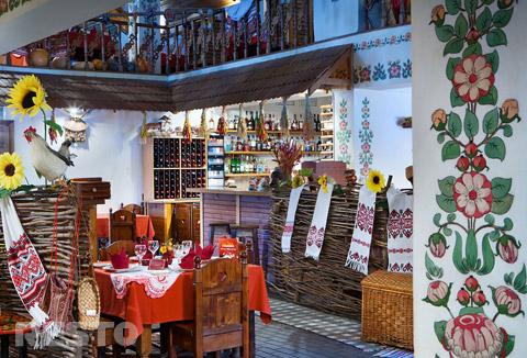 Фотография: Ресторан Корчма Вечера на хуторе