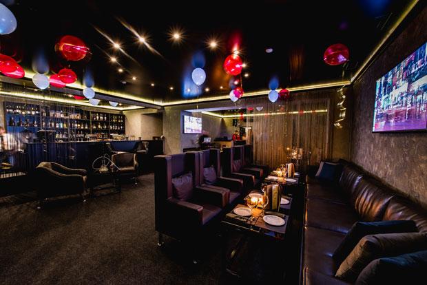 Фотография: Ресторан Louis...Restaurant & Karaoke