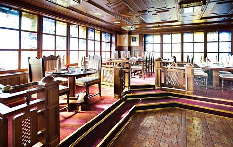 Фотография: Пивной ресторан Карл Баллинг